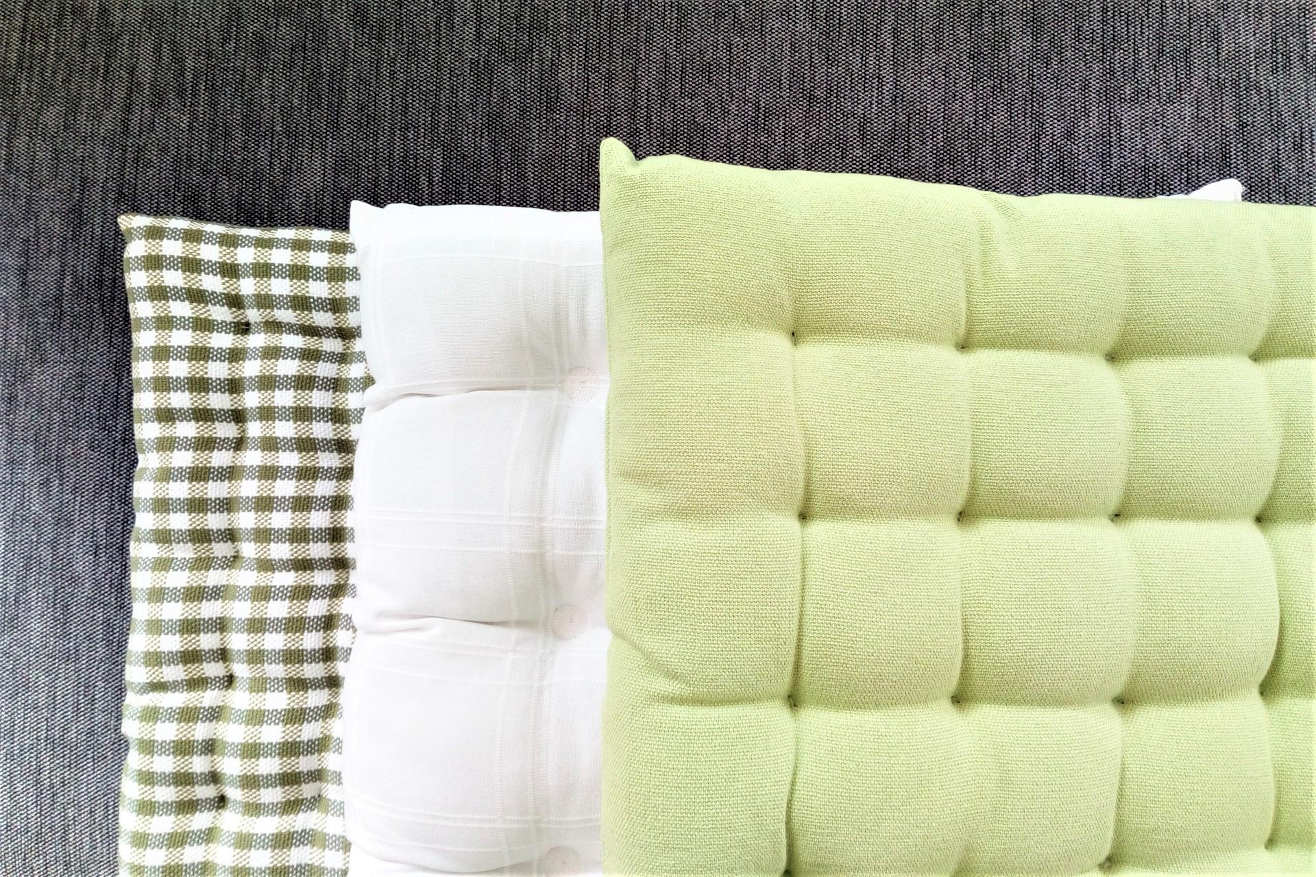 Sitzkissen verschiedene Farben